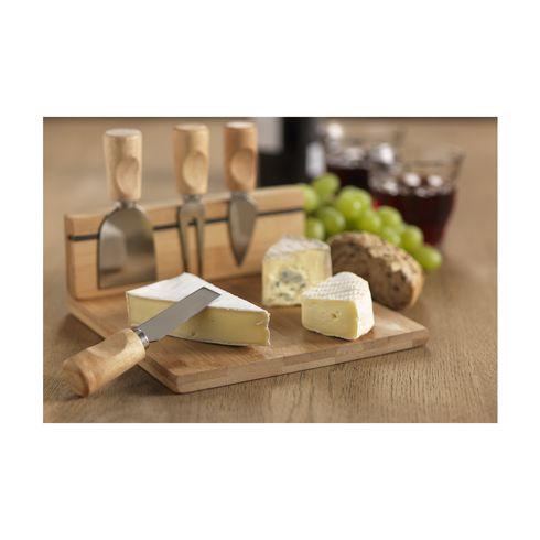 clea com plateau de fromages