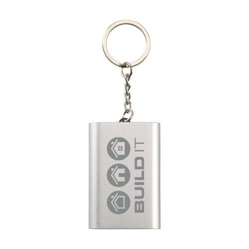 Batterie externe en aluminium accrochée à un porte-clés robuste